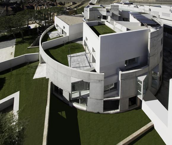 Proceso de construcción de un edificio circular