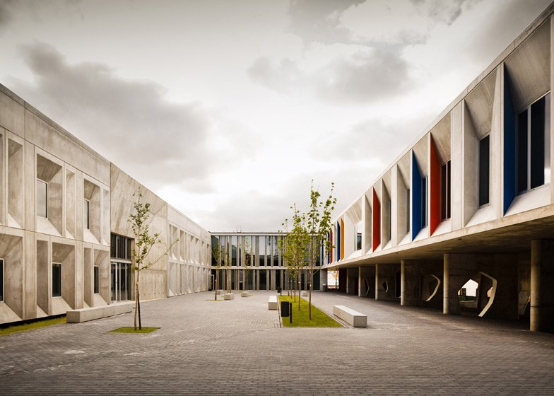 Escuela de Secundaria Braamcamp Freire