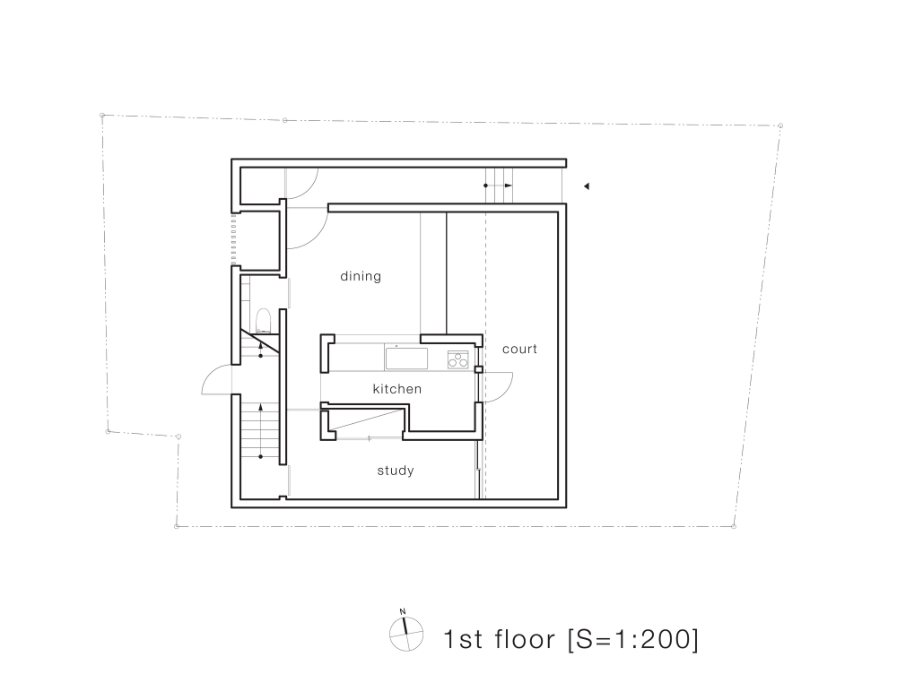 5134f9edb3fc4bf1dd0001e9_house-t-tsukano-architect-office_first_floor_plan-1000x781