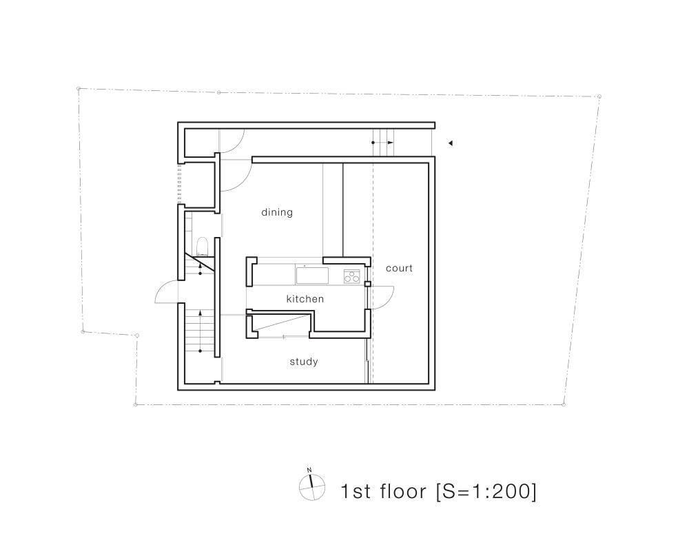 5134f9edb3fc4bf1dd0001e9_house-t-tsukano-architect-office_first_floor_plan-1000x781