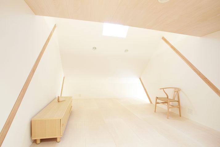 house-H-by-Hiroyuki-Shinozaki-Architects-Tokyo-photo-Fumihiko-Ikemoto-yatzer-11