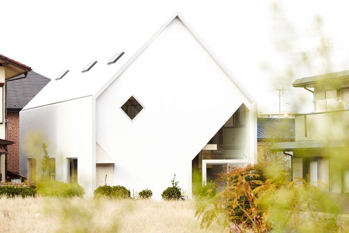 house-H-by-Hiroyuki-Shinozaki-Architects-Tokyo-photo-Fumihiko-Ikemoto-yatzer-15