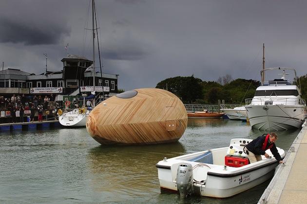 Floating-Wooden-Exbury-Egg-Shelter-7-feeldesain-