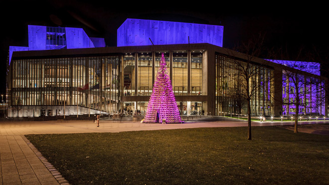 6-hello-woods-christmas-tree-made-out-of-365-sleighs-at-the-palace-of-arts-budapest