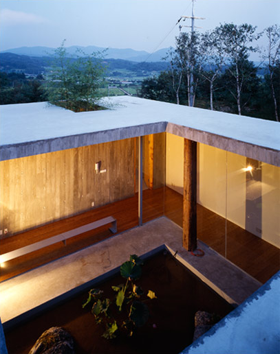 Patio interior del proyecto koreano de BCHO architects