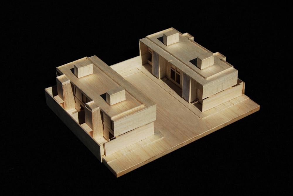 52a1e4dce8e44ec62300005a_casas-av-corsi-hirano-arquitetos_1106_maquete_02-1000x669