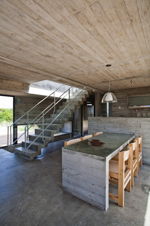 529d32dee8e44e012000003d_casa-en-la-playa-bak-architects_00265346-1000x1500