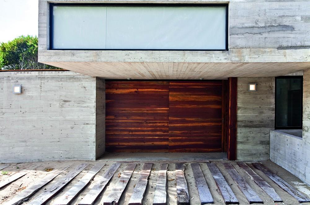 529d34e9e8e44eca5b000043_casa-en-la-playa-bak-architects_00265427-1000x663