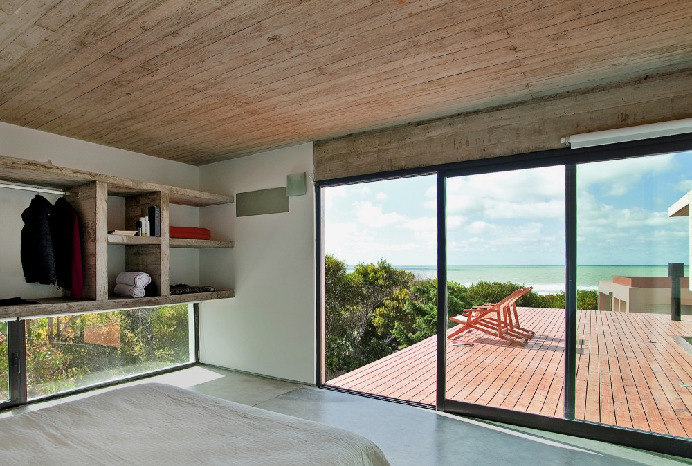 529d358ce8e44e553d000040_casa-en-la-playa-bak-architects_00265442_r2-1000x674