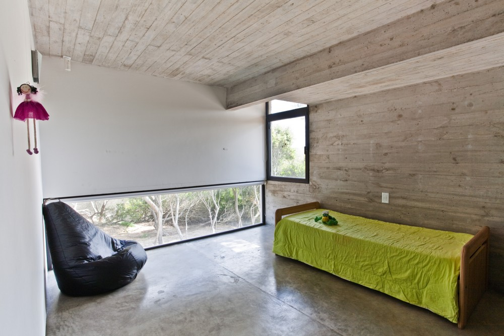 529d3603e8e44e0120000043_casa-en-la-playa-bak-architects_00265449-1000x666