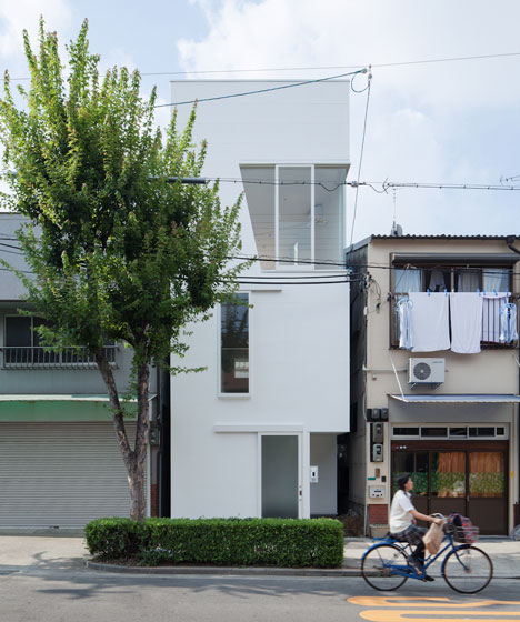 dezeen_House-in-Tamatsu-by-Ido-Kenji-Architectural-Studio_1