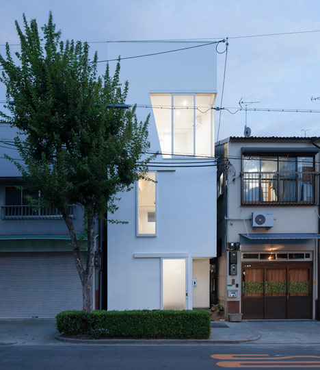 dezeen_House-in-Tamatsu-by-Ido-Kenji-Architectural-Studio_32