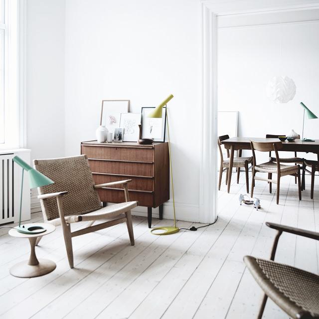 lampe-jacobsen-fauteuils-wegner