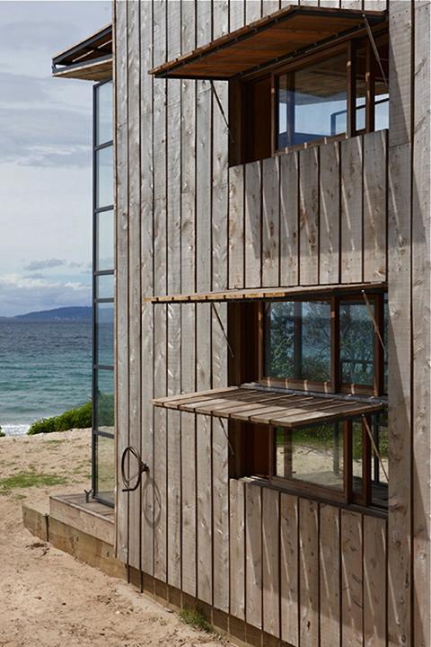 portable-beach-cabin-bach-gardenista