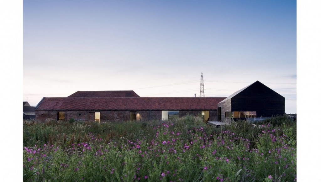 """Stealh Barn"" de Carl Turner Architects"