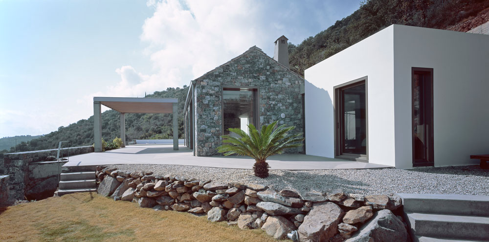 Villa Melana  en despiertaymira Fotografías de Erieta Attali  y Pygmalion Karatzas (5)