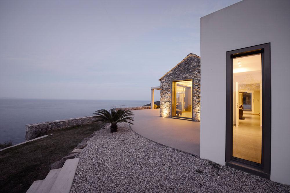 Villa Melana  en despiertaymira Fotografías de Erieta Attali  y Pygmalion Karatzas (9)