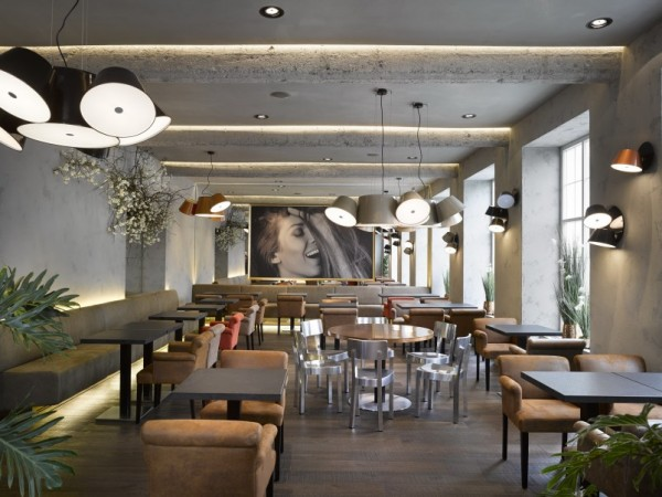 Cafe-New-One-3-803x602
