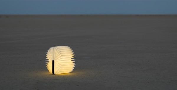 Lumio, una lámpara oculta en un libro
