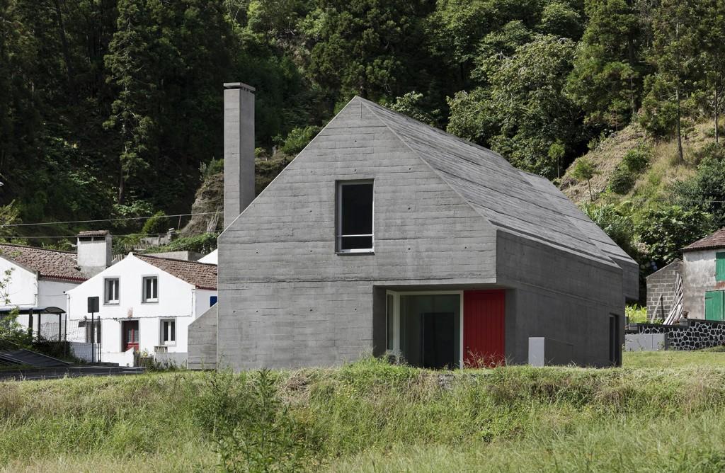 LFA_27 Dwelling in Sete Cidades Eduardo Souto de Moura + Adriano Pimenta (12)