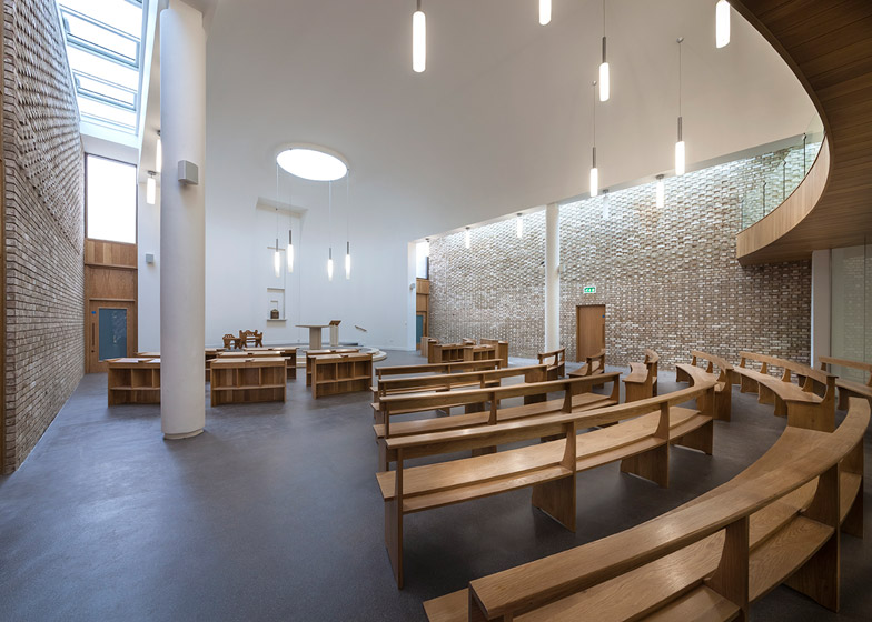 Carmelite_Monastery_by_Austin_Smith_Lord_DESPIERTA&MIRA (1)