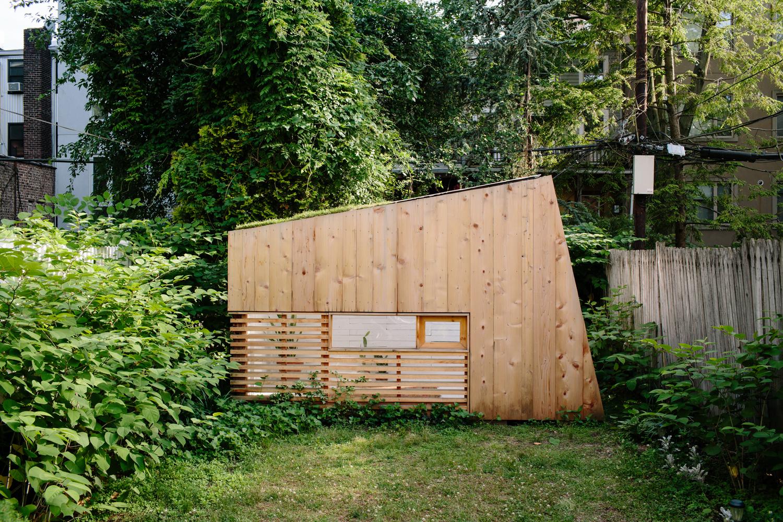 Un sorprendente oasis de madera en pleno Brooklyn