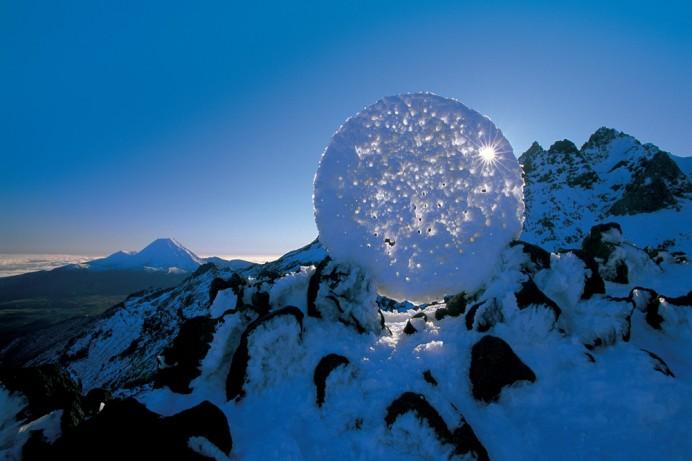 El circulo de la vida esfera de hielo de martin hill
