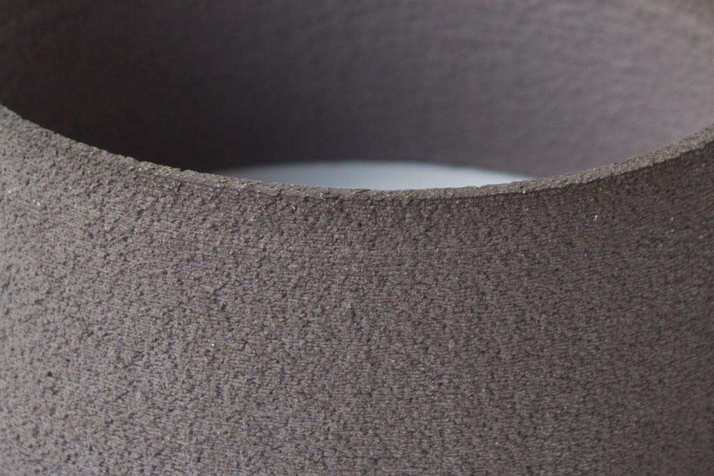 Detalle impresión en 3d en color negro