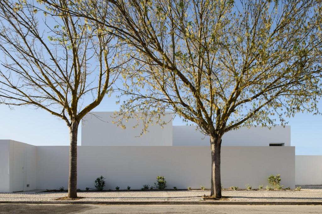 DESPIERTAYMIRA Casa en Oeiras. Pedro Domingos Arq Photo © João Carmo Simões (23)