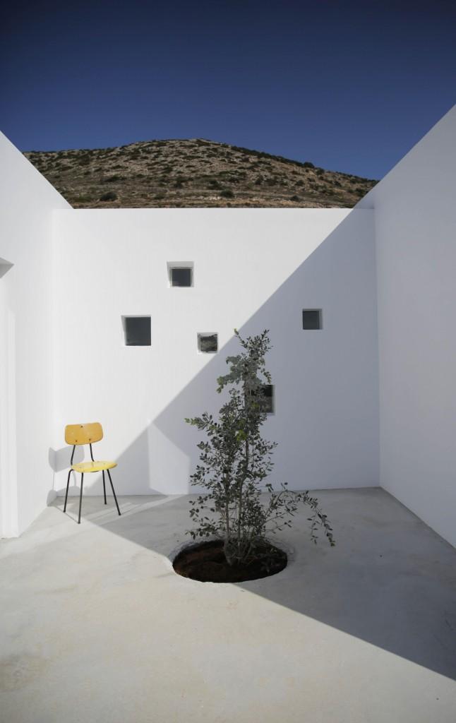 DESPIERTAYMIRA casa Kamari React architects (19)