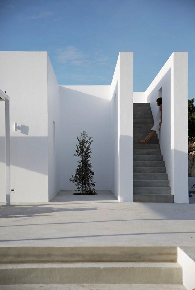DESPIERTAYMIRA casa Kamari React architects (2)