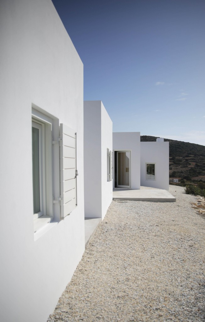 DESPIERTAYMIRA casa Kamari React architects (20)