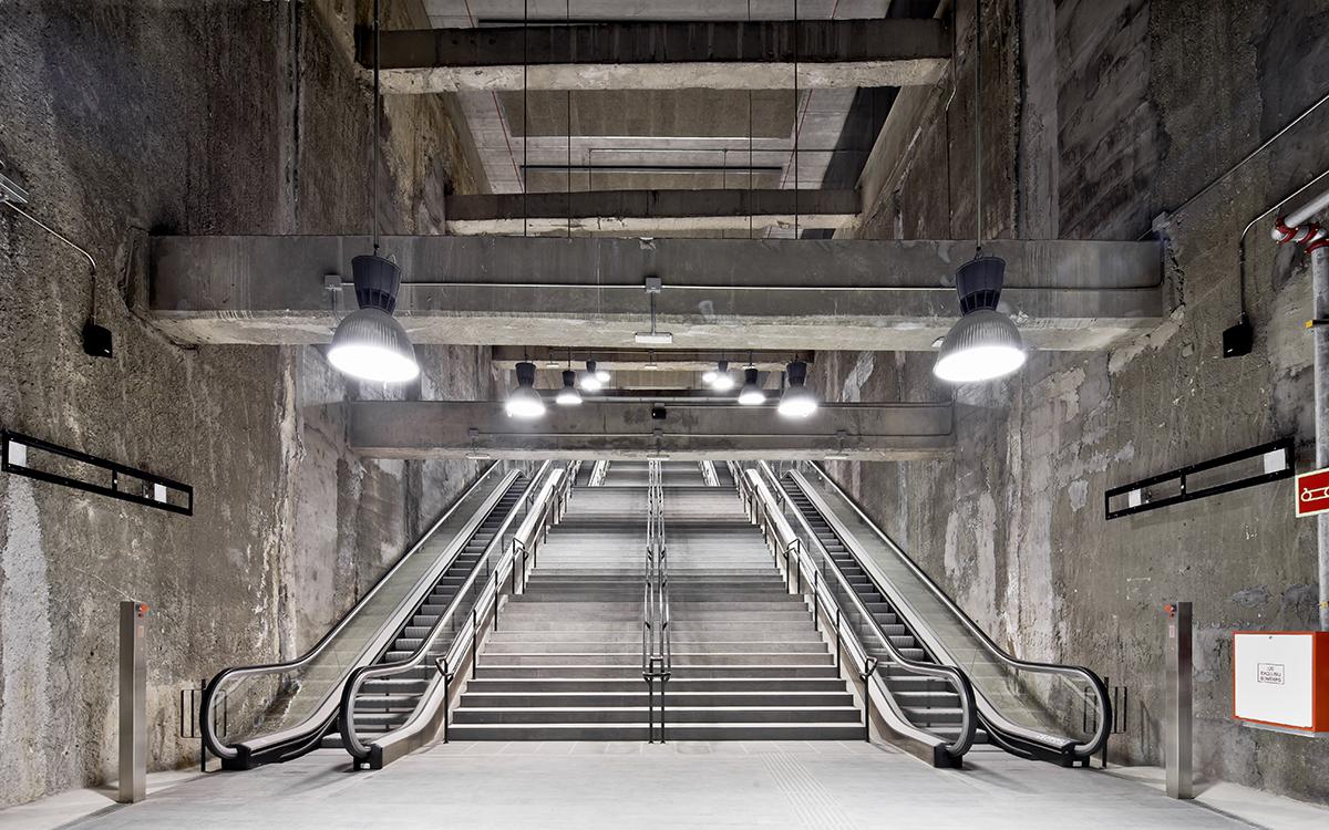 Tres estaciones de metro «brutales» en la línea 9 de Barcelona