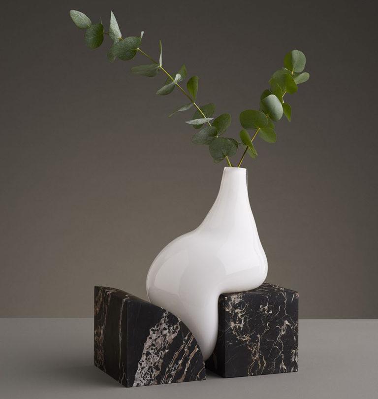 Studio E.O produce los infinitive vases en ediciones limitadas