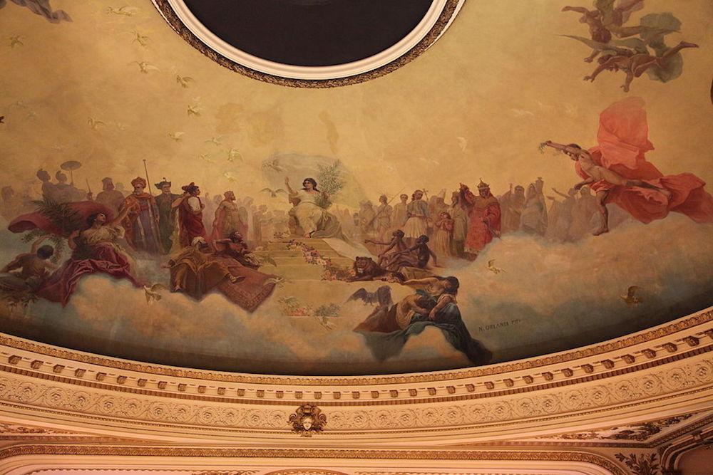 Detalle frescos restaurados del pintor italiano Nazareno Orlandi