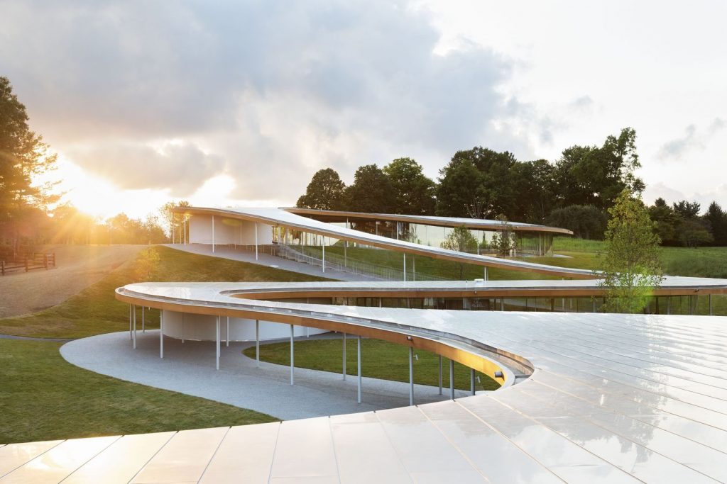 La arquitectura imita a la naturaleza en The River