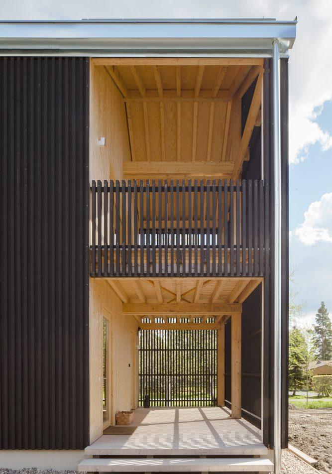 Hirvilammi Architects construye su propio hogar finlandés