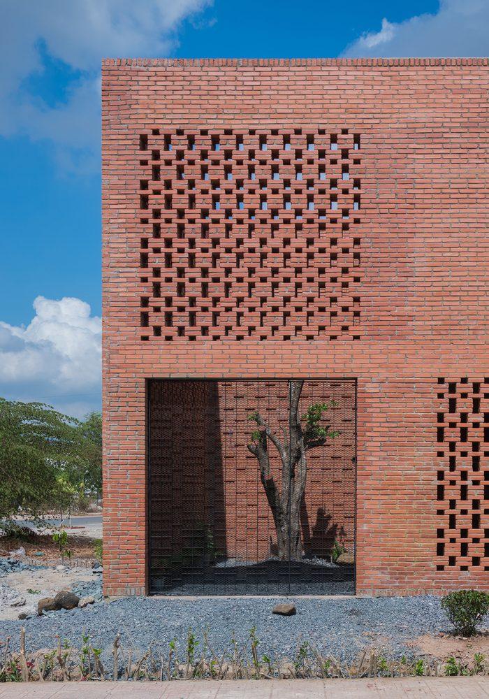 Las celosías en ladrillo de Tropical Space, otra opción en arquitectura sostenible