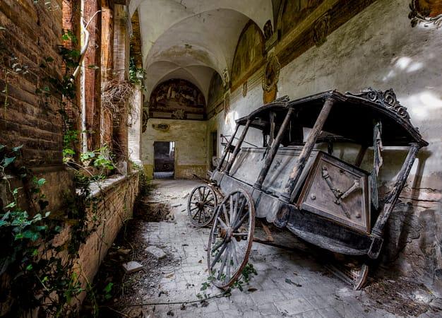 Fotografía de Christian Richter interior de un edificio secreto