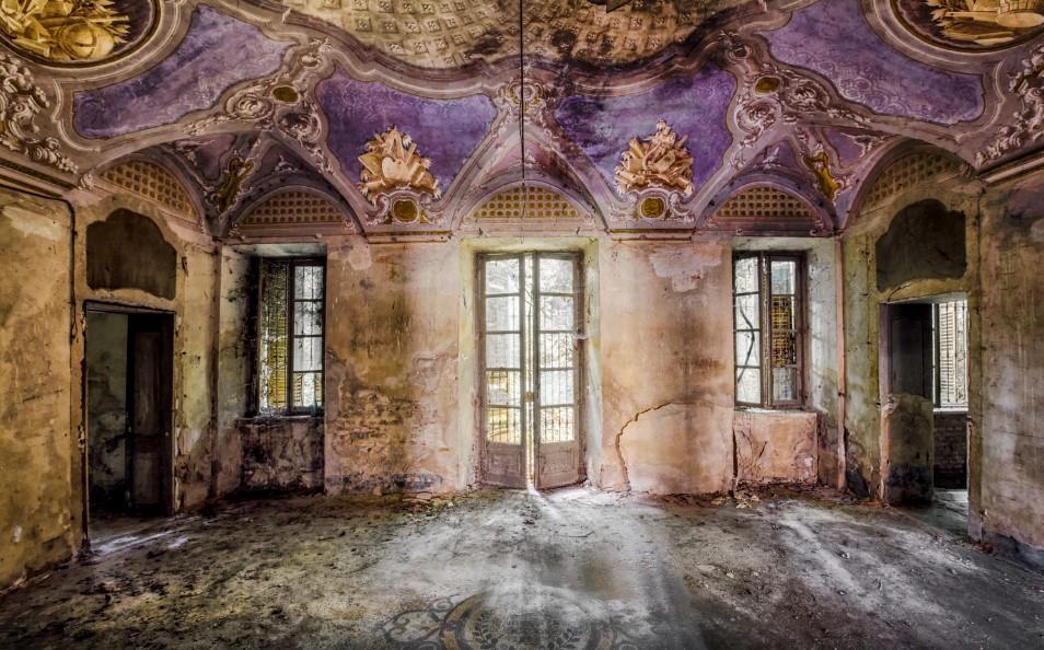 Vive la fascinación de Christian Richter por los edificios olvidados