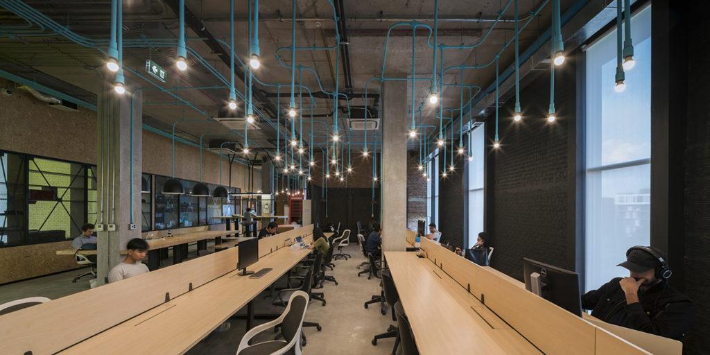 zona para compartir ideas de hubba-to centro de coworking