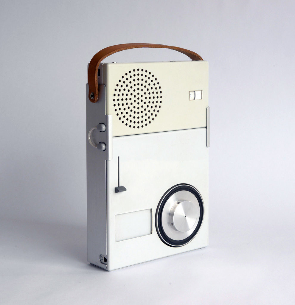 Radio diseñada por Dieter Rams