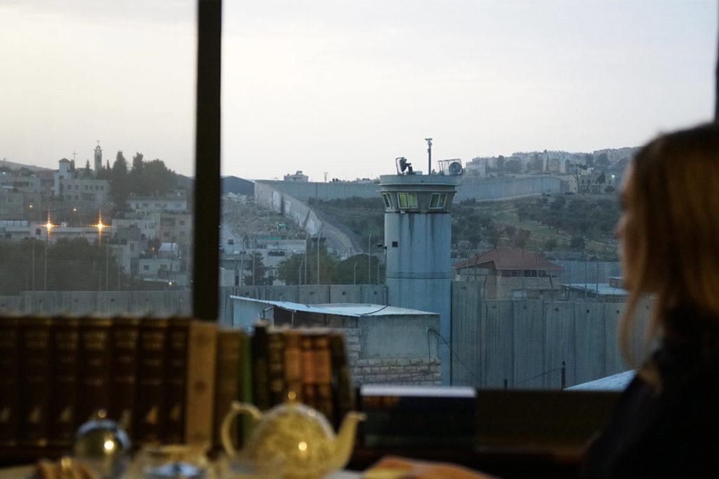 vistas de la muralla entre israel y palestina desde el hotel