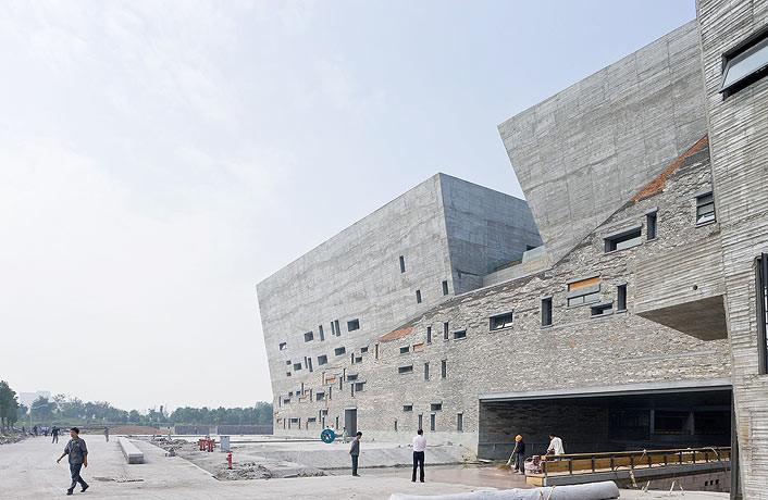 Wang Shu saca la historia al exterior en el Museo de Ningbo
