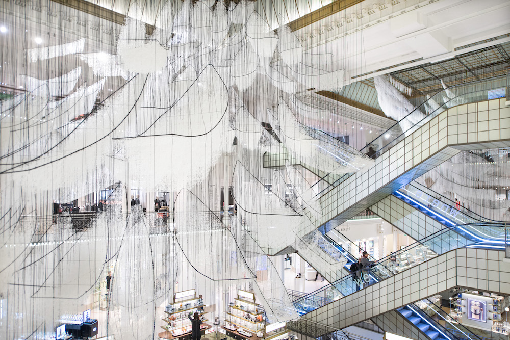 Detalle del último trabajo de Chiharu Shiota