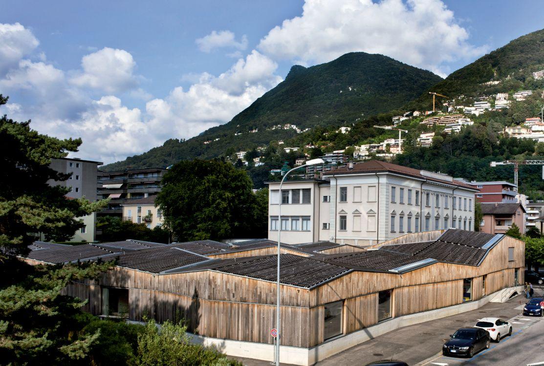 Un puzle gigante de madera para los niños de Lugano