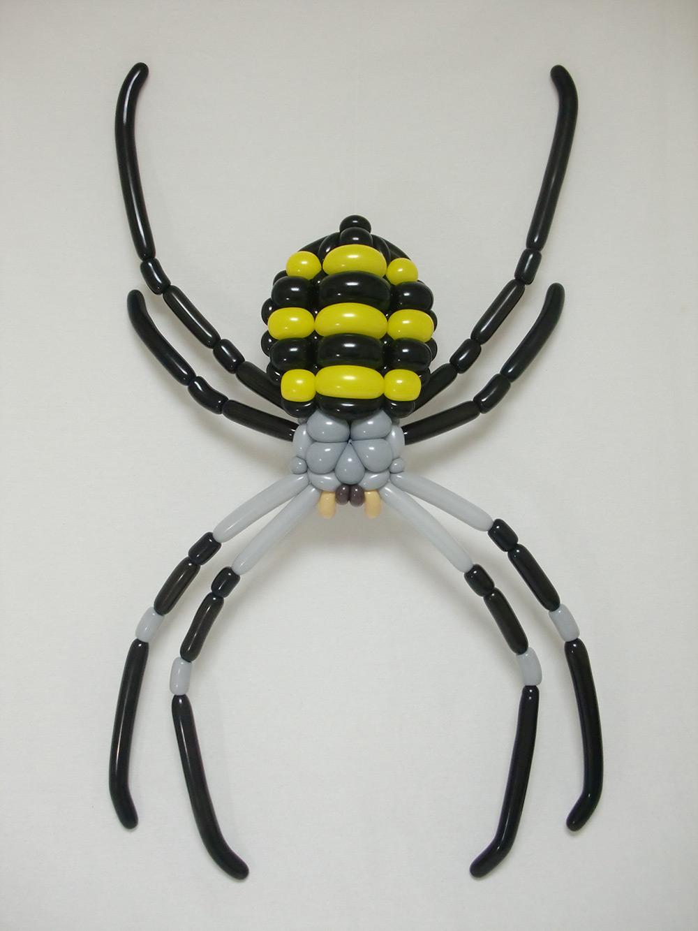 araña realizada en globoflexia