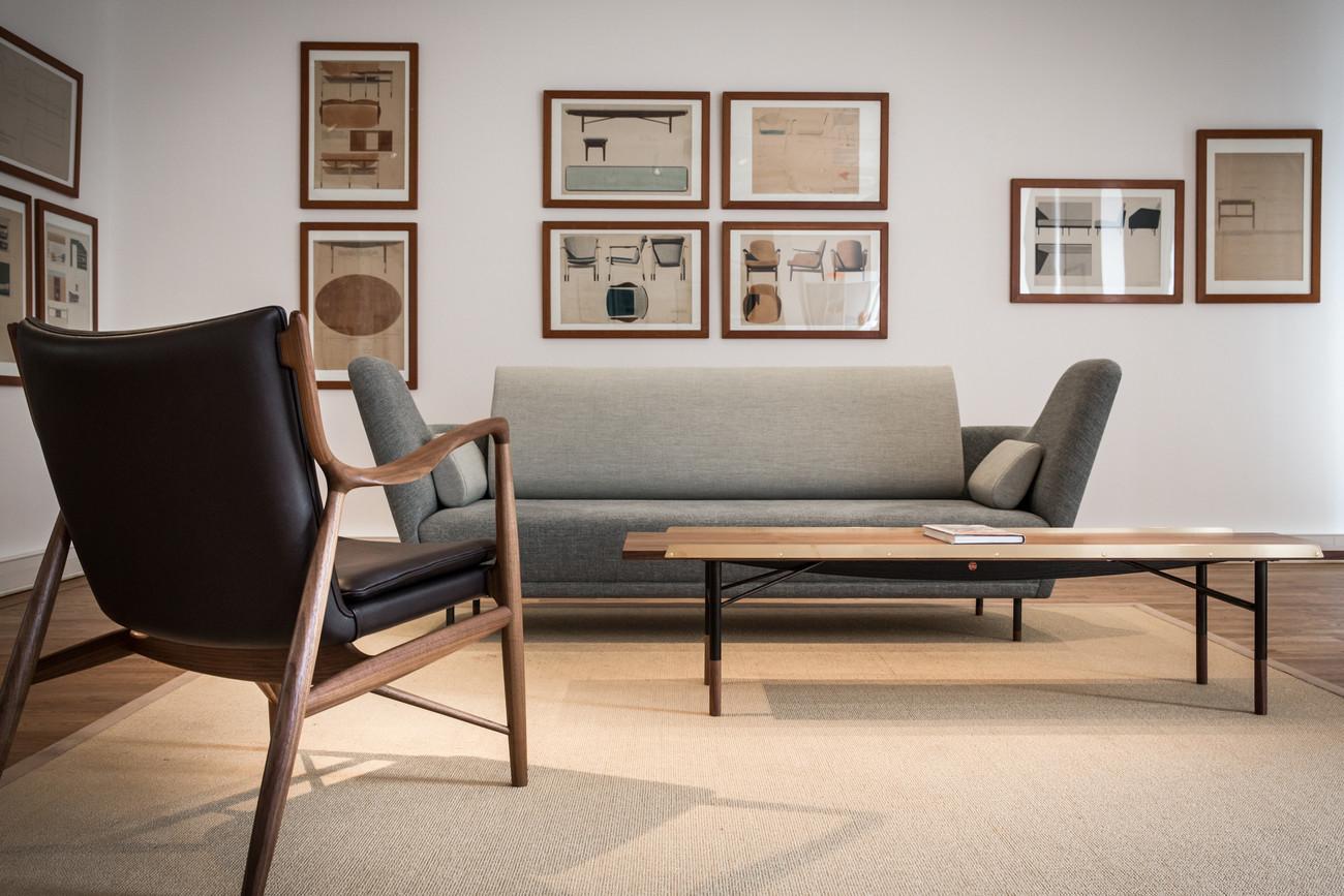 sofa 57 diseñado por finn juhl