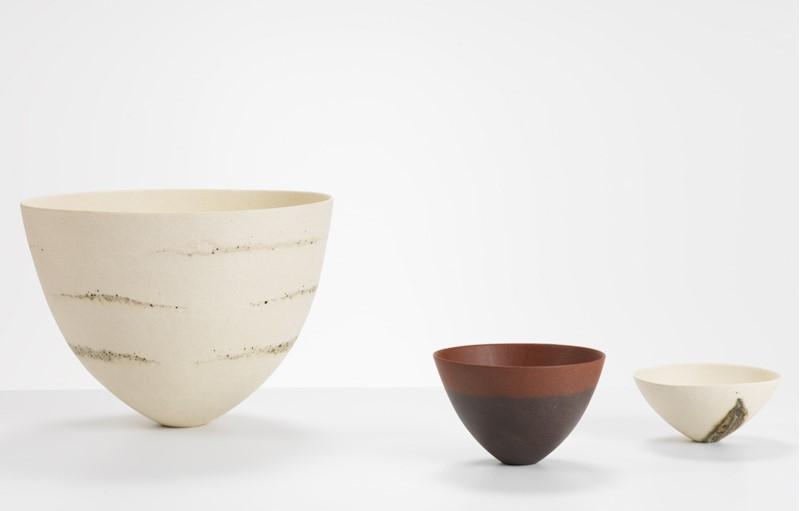 varias vasijas de ceramica de jeniffer lee