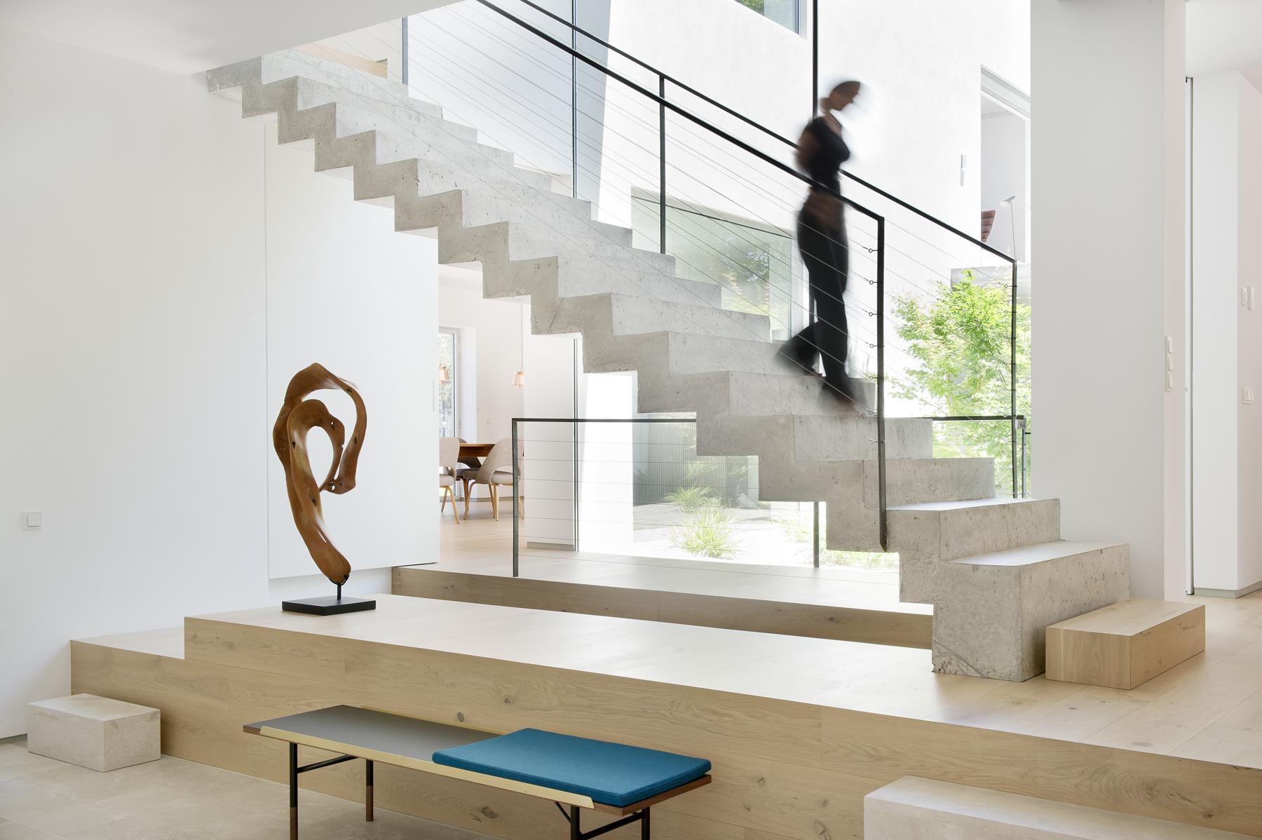 Proyecto de reforma estudio ÁBATON arquitectura. Escalera de hormigon